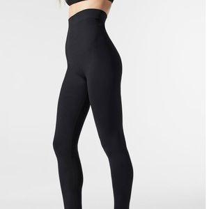 Blanqi post partum support leggings
